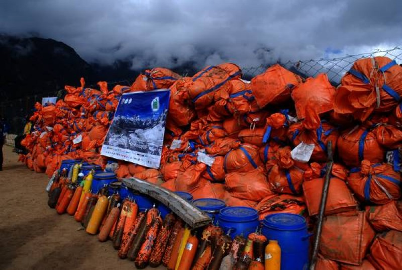 Everest Clean Up Programme (Spring 2011)
